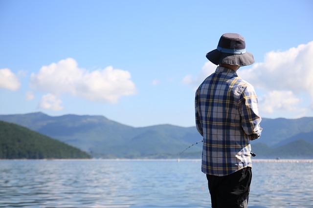 rybář s kloboukem