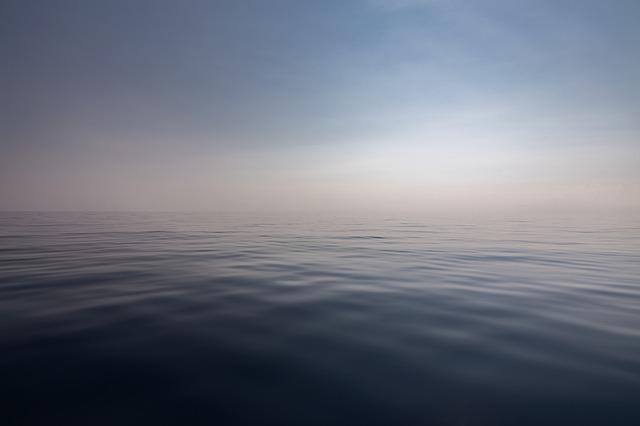 mlha nad hladinou