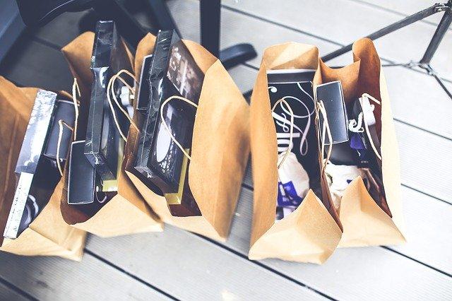 tašky s nákupem